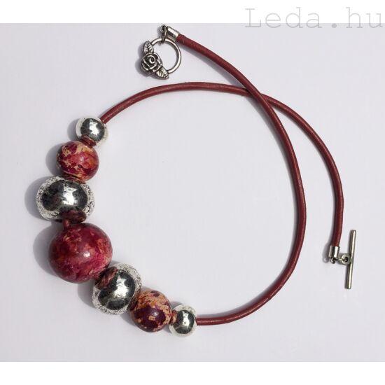 Vörös Óriás nyaklánc
